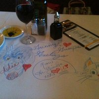 I Like to Scribble on Table!!