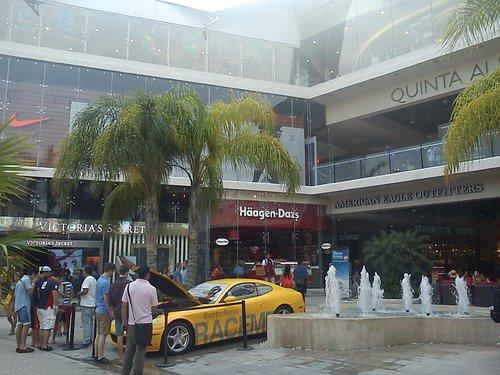 quinta alegria shopping mall
