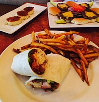 Yummy Dinner @ The Dive Bar