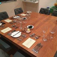 Elegant table setting for 4