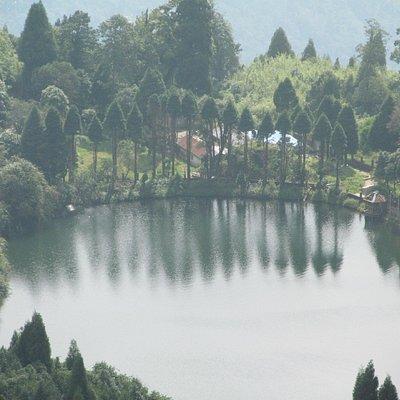 close view of the lake