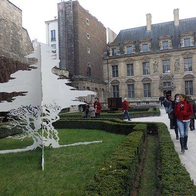 jardin et hôtel de Sully