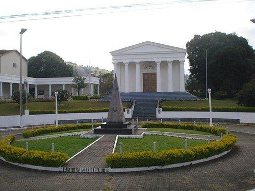 Templo e a Praça
