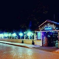 Bizim Bahçe Cafe , Restoran , Plaj