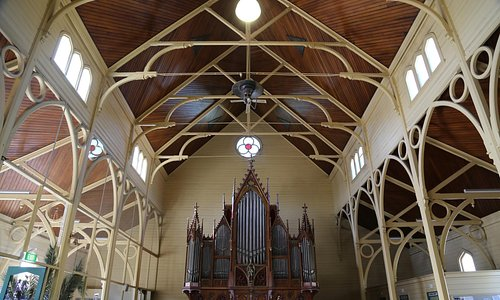 Timber frame and organ St Killian's