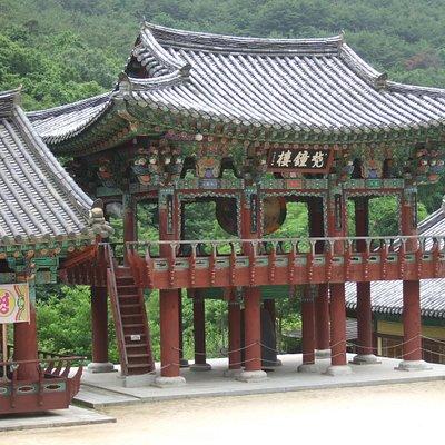 梵鐘楼 寺院で用いる釣鐘を「梵鐘」というそうです。