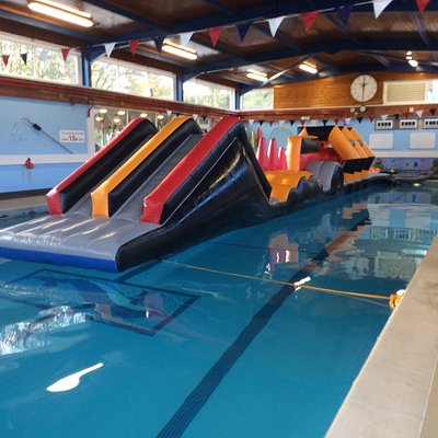 Inflatable - 17m obstacle course