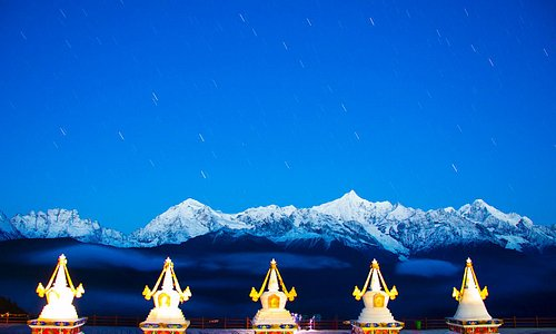 6740m above sea level, the Meili Snow Mt. is maybe the most beautiful mountain on earth.