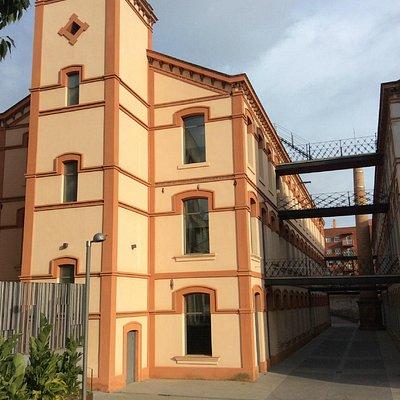 Vista exterior de la fabrica-museo