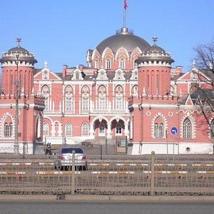 Петровский путевой дворец в Петровском парке