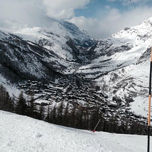 A view of the valley from near the Solaise lift