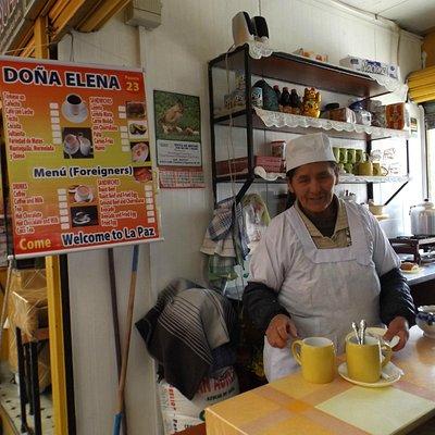 Puesto 23 Doña Helena riquisimos desayunos