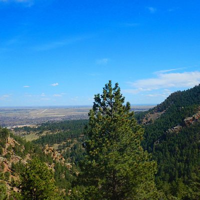 One of the many views of the valley below