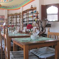 Interior of Cheeno