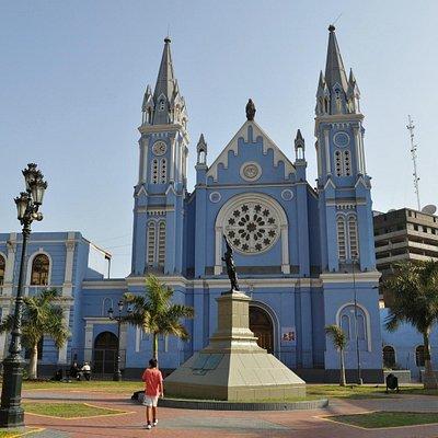 Церковь Ла Реколета