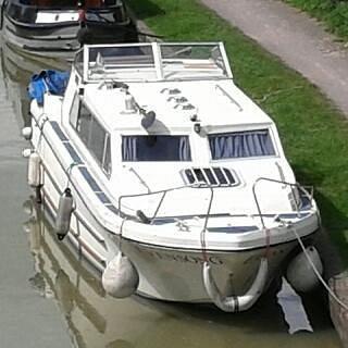 Evensong river cruiser