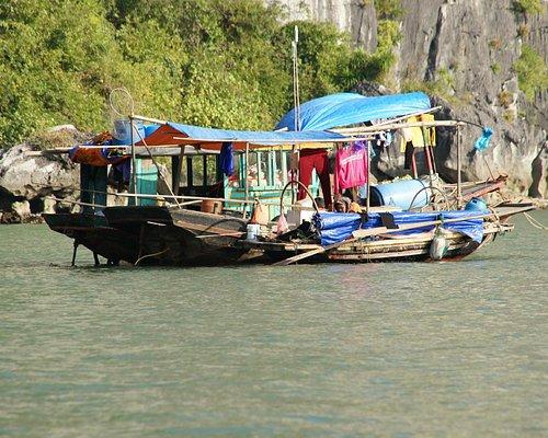 Cua Vang Floating Village