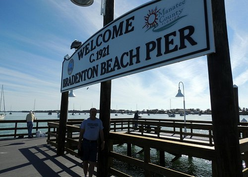 Sign at end of the pier