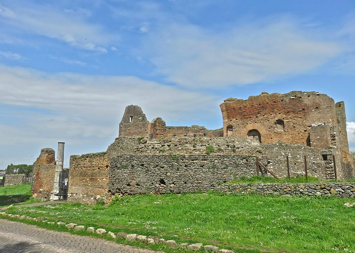 The Nymphaeum of the Villadei Quintili-largest villa on the Appian Way