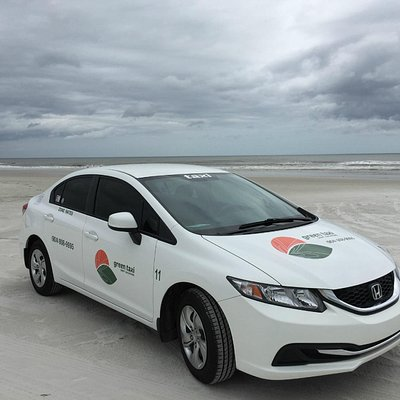 Book a Green Taxi for a day at the beach !