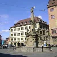 Vierröhrenbrunnen, Würzburg, Alemania,