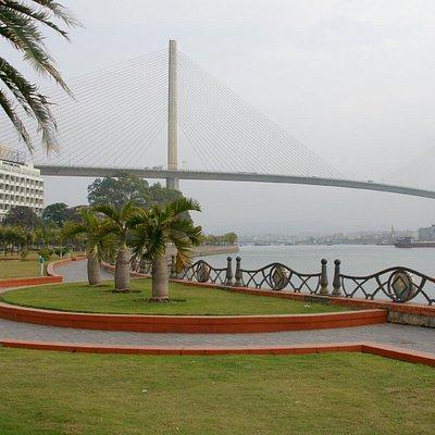 Bai Chai Bridge