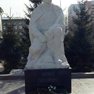 Памятник солдату.