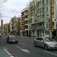 Calle Resolana, com a Torre à esquerda na foto.