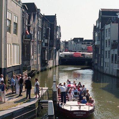 De fluisterboot Dordtevaer