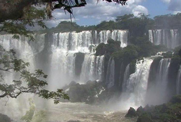 imagen antigua de las 7 caídas. 3