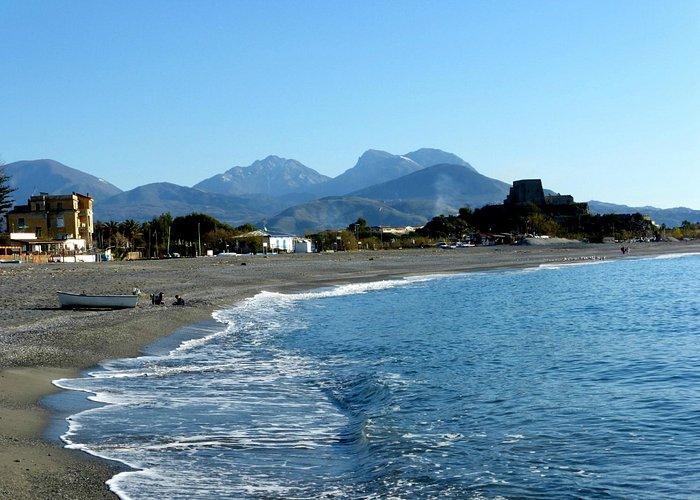 Вид на горы, залив Паликастро