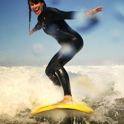 girls surf course