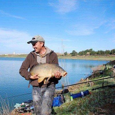 Carp fishing on the Pole, on the Sao Domingos