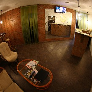 Basic Instinct Spa & Beauty Hall