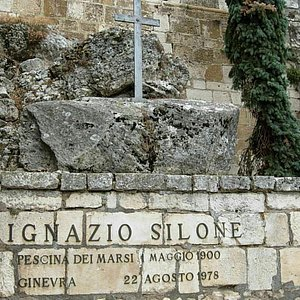 Tomba Di Ignazio Silone