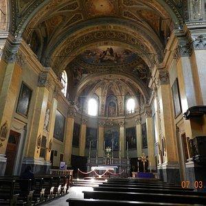 Интерьер собора.