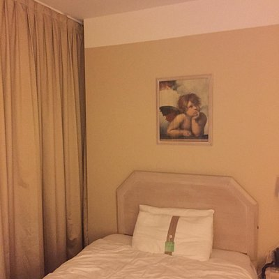 Camera piccola ...ma decente