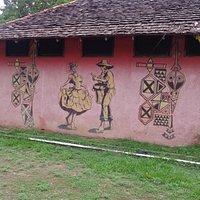 Pinturas na fachada de uma casa
