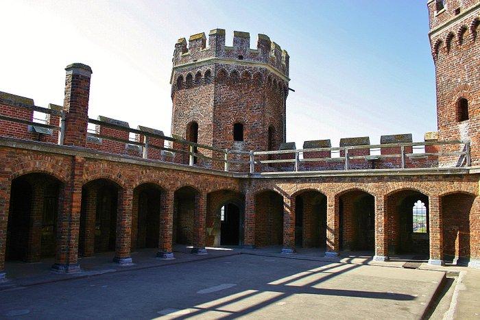 The rooftop battlements