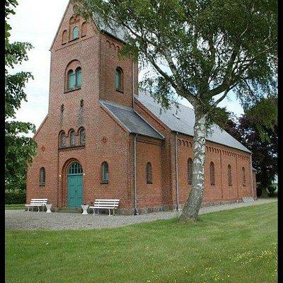 Kirken ude