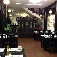 Beautiful interior (@ Ly Thuong Kiet)