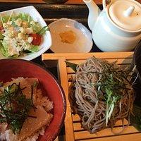 えんや淀江店 お蕎麦と丼セット1