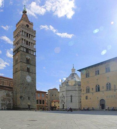 Foto di Annalisa Fantacci - Campanile di Piazza del Duomo a Pistoia