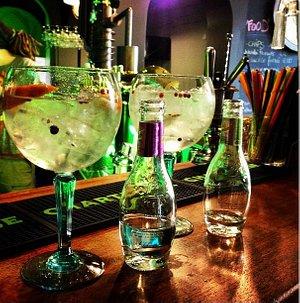 2 gin tonic préparés selon nos gouts !