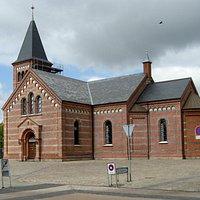 Vor Frelsers Kirke, set fra Skolegade