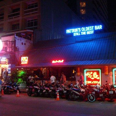 TQ Bar Pattaya Beach Rd.