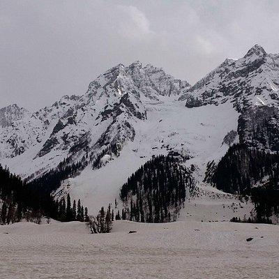 Thajwas Glacier view 1