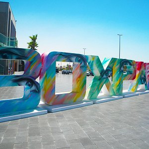 Box Park is a new lifestyle destination in Dubai. Don't miss the chance to visit this place and