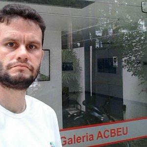 David e a Galeria ACBEU.