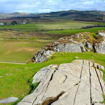 Dunadd and the crowning stone